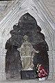 Saint Papoul-Enfeu de l'évêque G de Cardeillac-2012 04 05.jpg