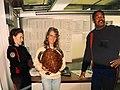 Saisie d'une tortue imbriquée, provenance de l'ile Maurice , douane d'Orly 1995.jpg