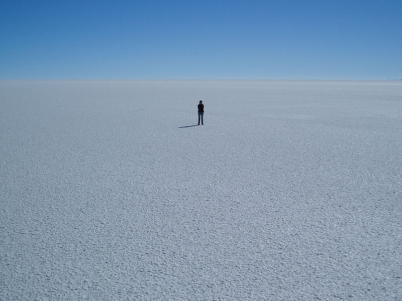 Uyuni Salt Flats by http://commons.wikimedia.org/wiki/File:Salar_Uyuni_Bolivie.JPG