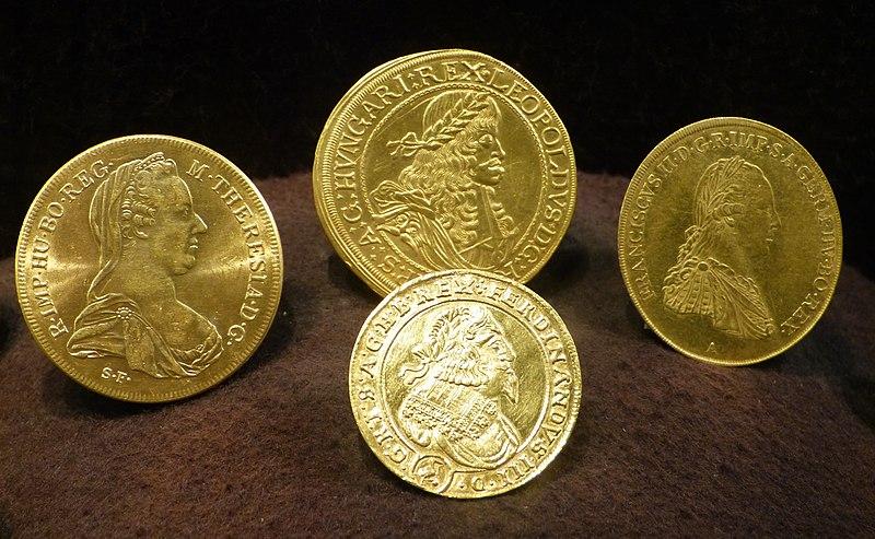 File:Salzburg Haus der Natur - Goldmünzen Kaiser.jpg