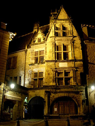 Étienne de La Boétie - Image: Sarlat medieval city by night 13