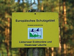 Natura 2000 - Image: Schild Natura 2000 Lieberoser Endmoraene und Staakower Laeuche 01