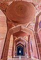 Shah Jahan Mosque - Lobby 2 - Wahaj Ahmed Ansari.jpg