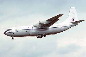 Short SC-5 Belfast C1, UK - Air Force AN2264642.jpg