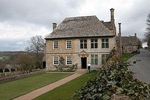 Snowshill - Image: Snowshill Manor(Philip Halling)Apr 2006