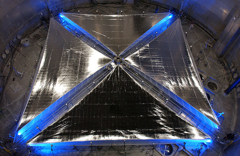 Archivo: Solar sail tests.jpg