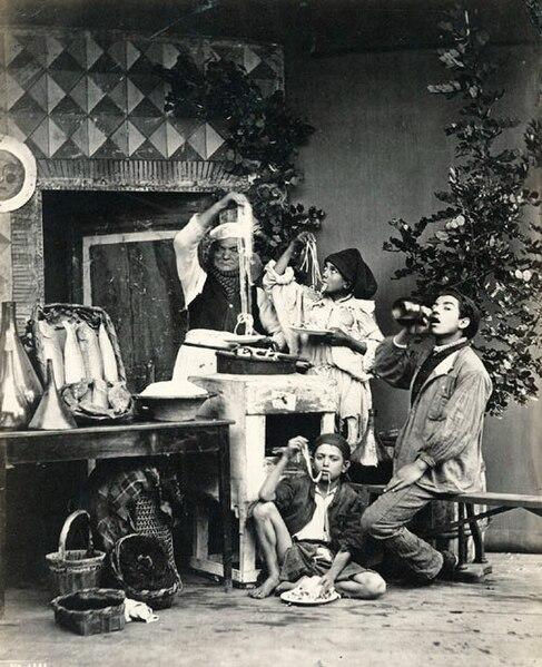 File:Sommer, Giorgio (1834-1914) - n. 6144 - (Mangiamaccheroni).jpg