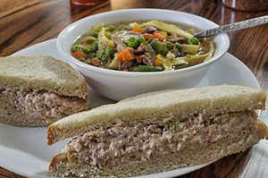 Ham salad - Image: Soup and ham salad sandwich