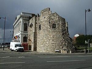 Southampton town walls - The South Gate tower