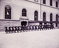 Spjutkastning Gymnastiska Centralinstitutet Stockholm ca 1900, gih0079.jpg