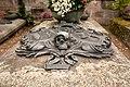 St. Johannes Friedhof Grabplatte HaJN 7315.jpg