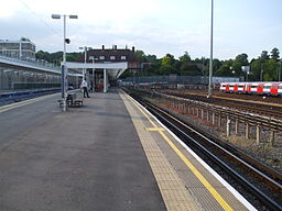 Stanmore station island platform eastern face looking north