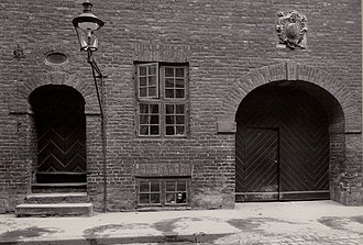 Store Kannikestræde - Regensen's entrance on Store Kannikestræde