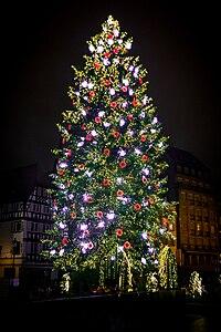 Strasbourg capitale de Noël grand sapin 2014 01.jpg