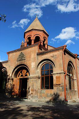 Zoravor Surp Astvatsatsin Church - Wikipedia