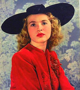 Susanna Foster - Foster in 1943.