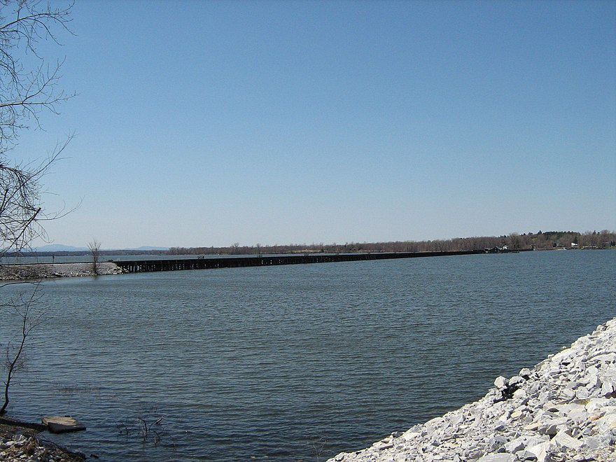 Lake Champlain - The Reader Wiki, Reader View of Wikipedia