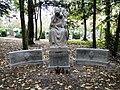Szczecin Cmentarz Centralny nagrobek rodziny Meister.jpg