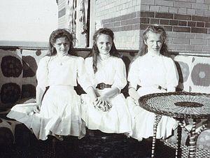 Princess Irina Alexandrovna of Russia - Princess Irina, center, with her cousins, Grand Duchess Tatiana, left, and Grand Duchess Olga, right, ca. 1909.