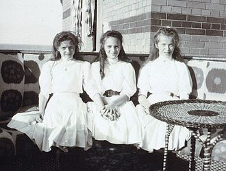 Princess Irina Alexandrovna of Russia - Princess Irina, center, with her cousins, Grand Duchess Tatiana, left, and Grand Duchess Olga, right, ca. 1909