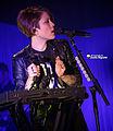 Tegan & Sara 11-19-2014 -10 (15849331675).jpg