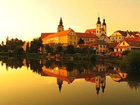 исторический центр Праги. исторический центр города Чески-Крумлов.