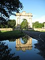The London Arch to Croome Court - geograph.org.uk - 922245.jpg