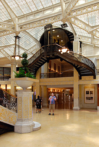 File The Rookery Building Court Chicago Il Jpg Wikipedia