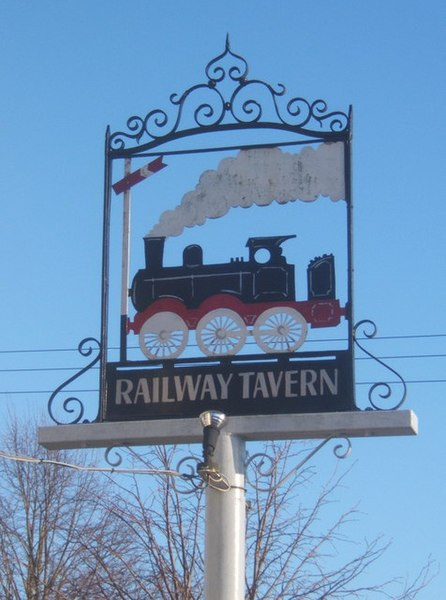File:The sign of the Railway Tavern, Mellis - geograph.org.uk - 1083176.jpg