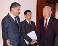 Tigran-Sargsyan-Lee-Kuan-Yew.jpg