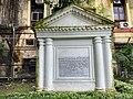 Tomb of Admiral Charles Watson.jpg