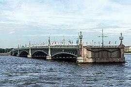 Trinity Bridge SPB (img2).jpg