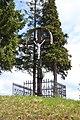 Tuhár - Kríž s Ukrižovaným (1).jpg