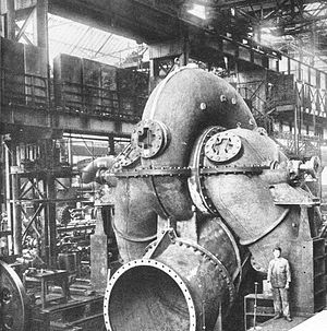 Water turbine - The construction of a Ganz water Turbo Generator in Budapest in 1886