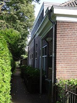 Twee dienstwoningen van het voormalige Bosch en Hoven - Heemstede 01.JPG