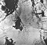 Tyeen Glacier, mountain glacier with avalanche debris, September 17, 1966 (GLACIERS 5929).jpg