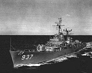USS Davis (DD-937) underway at sea, in July 1957 (80-G-1035170)