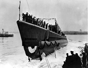USS Shad (SS-235) launching, Portsmouth Navy Yard, Kittery, ME., 15 April 1942.