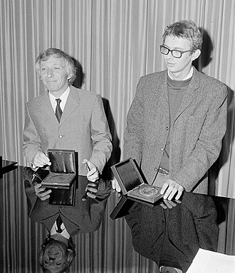 Anna Blaman Prijs - Anna Blaman Prijs being awarded to Leyn Leijnse (right, with glasses) in 1969.