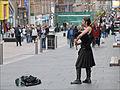 """Un """"gaitero"""" sur """"Buchanan Street"""" (Glasgow) (3805600470).jpg"""