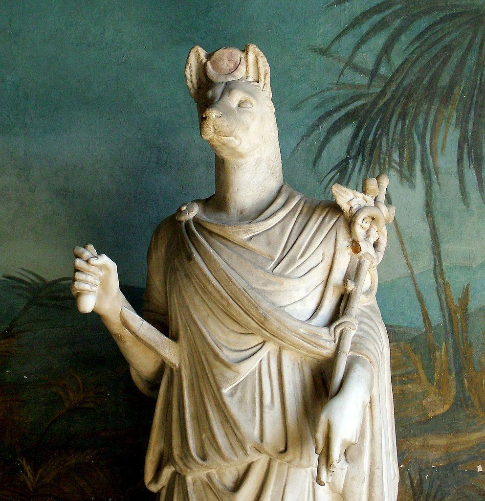 Statue égyptienne du musée égyptien au Vatican à Rome – Photo de Kiss Tamás