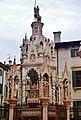Verona Arche Scaligere Grabmal für Cansignorio della Scala 2.jpg