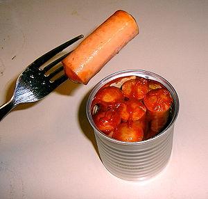 Vienna sausage - North American Vienna sausage in tomato sauce