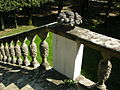 Villa i tatti, giardino, fioriera di pietra 03.JPG