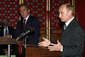 Vladimir Putin at APEC Summit in China 19-21 October 2001-17.jpg