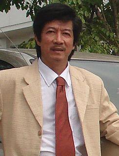 Vương Trung Hiếu Vietnamese writer
