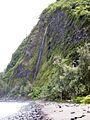 Waterfalls in Waipi'o Valley - panoramio.jpg
