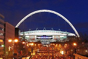 2012–13 UEFA Champions League - Image: Wembley Stadium, illuminated