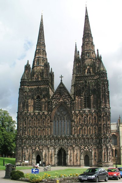 File:West Front of Lichfield Cathedral - geograph.org.uk - 852351.jpg