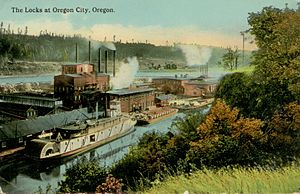 Steamboats of the Willamette River - Steamboat and barge traffic in the lock, circa 1915